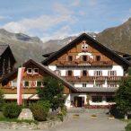 Aussenansicht Berghotel Kasern